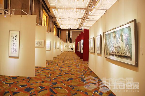 无缝展板专业美术展览应用